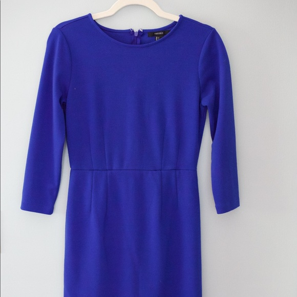 Forever 21 Dresses & Skirts - Forever 21 Cobalt Blue Bodycon Dress w/ ¾ sleeves
